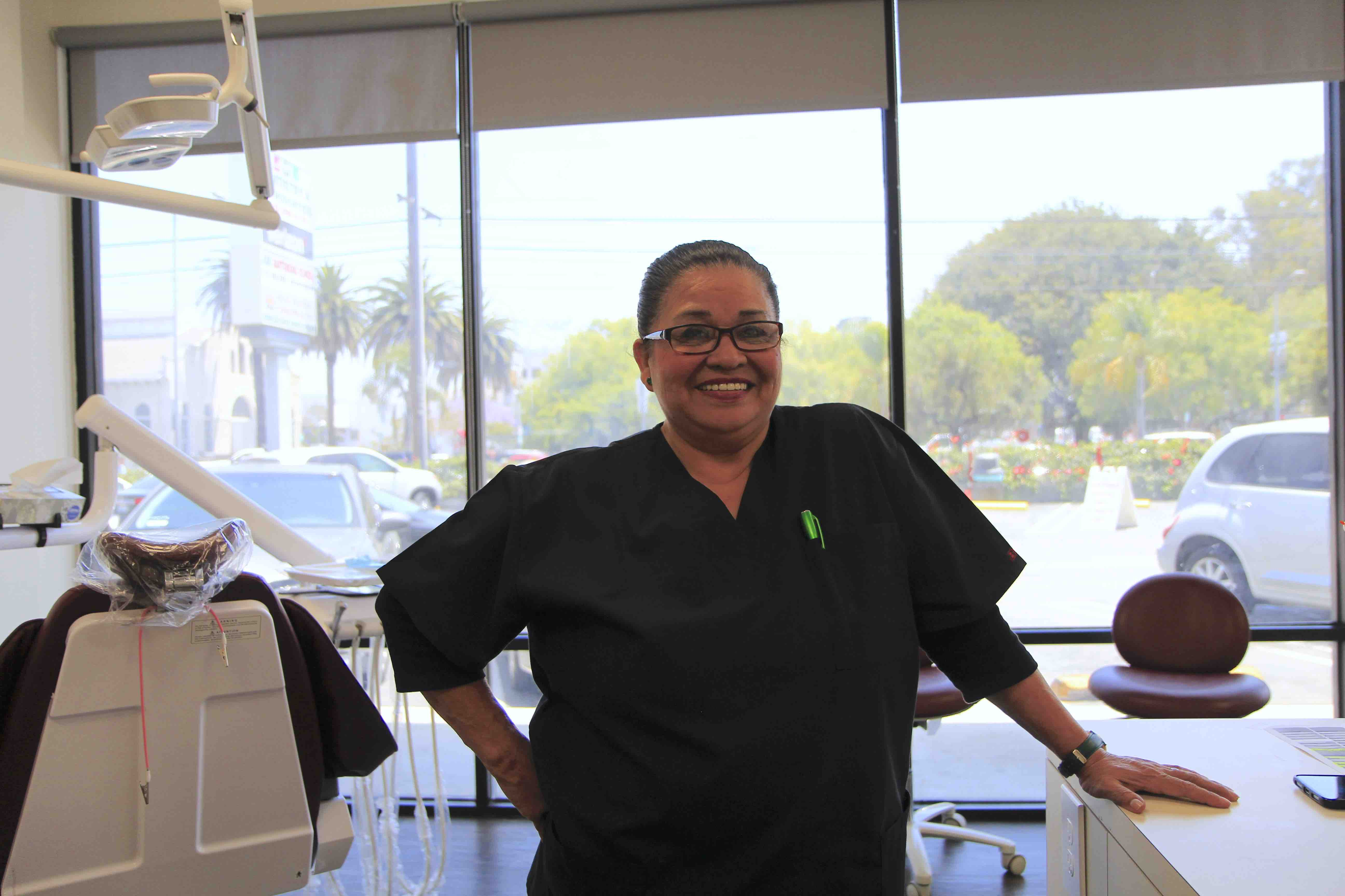 photo of dental assistant at Frankel Dental Group in Culver City